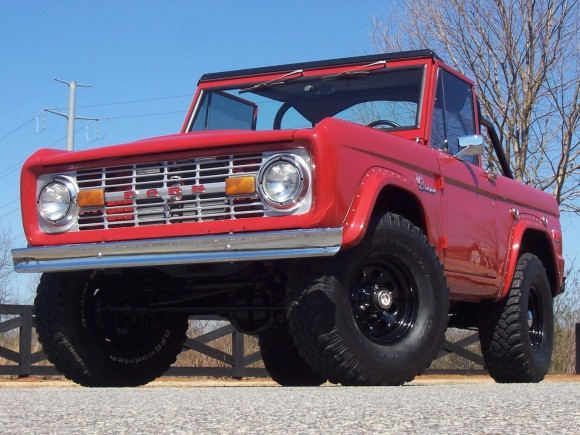 1975 Ford Bronco Classic 4WD
